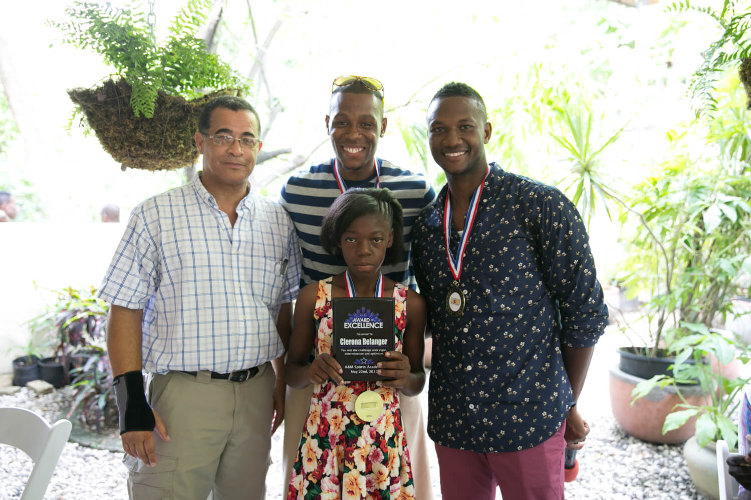 Clerona Berlinger, our first student enrolled in the Clean Hands for Haiti program, received the first Student of the Year award for her hard work, academic excellence, and dedication to her studies. After beginning school, she quickly became one of the top performing students in her entire class.