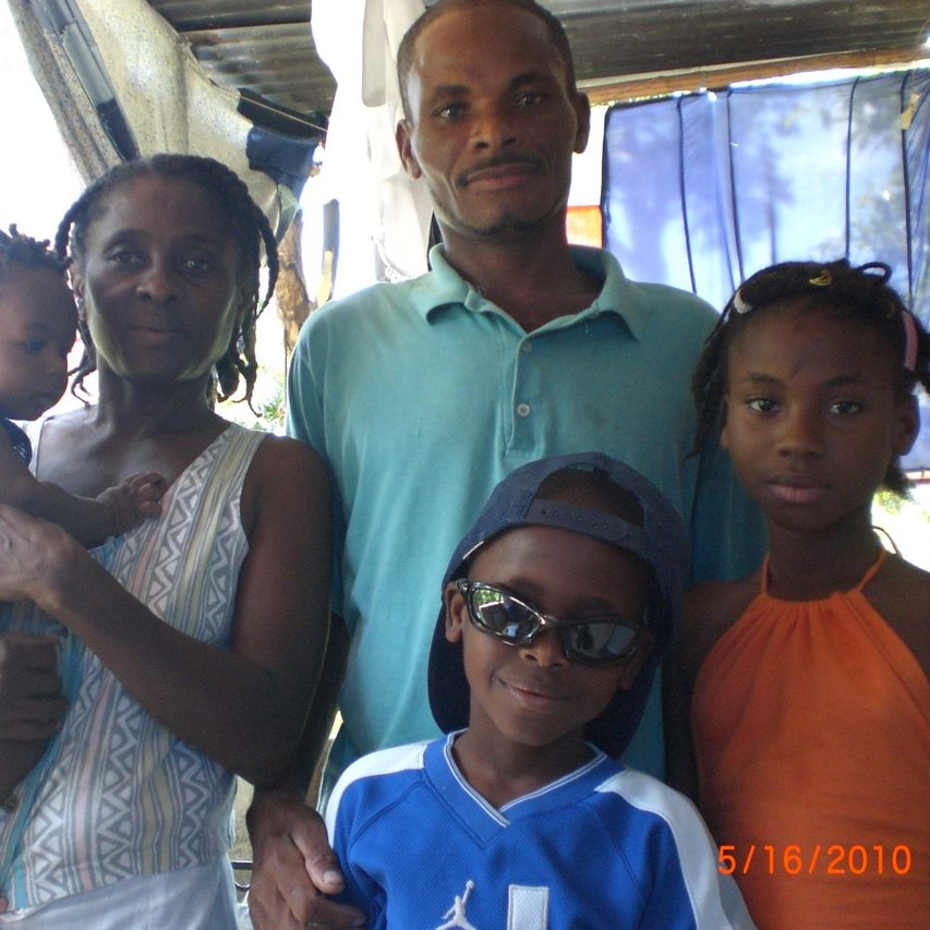 Sama and her family in 2010.